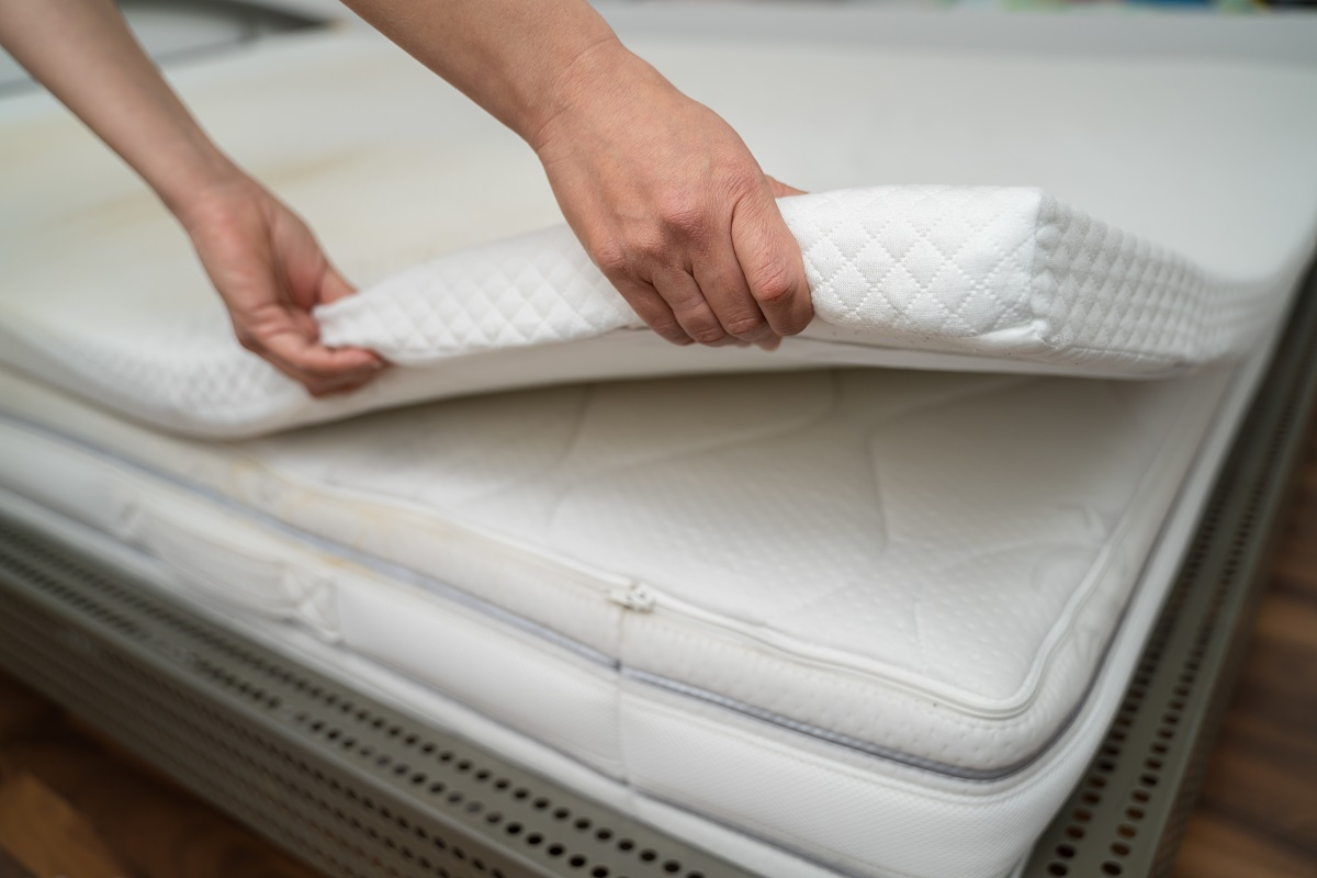 How to Pick a Mattress Topper for Your Memory Foam Mattress